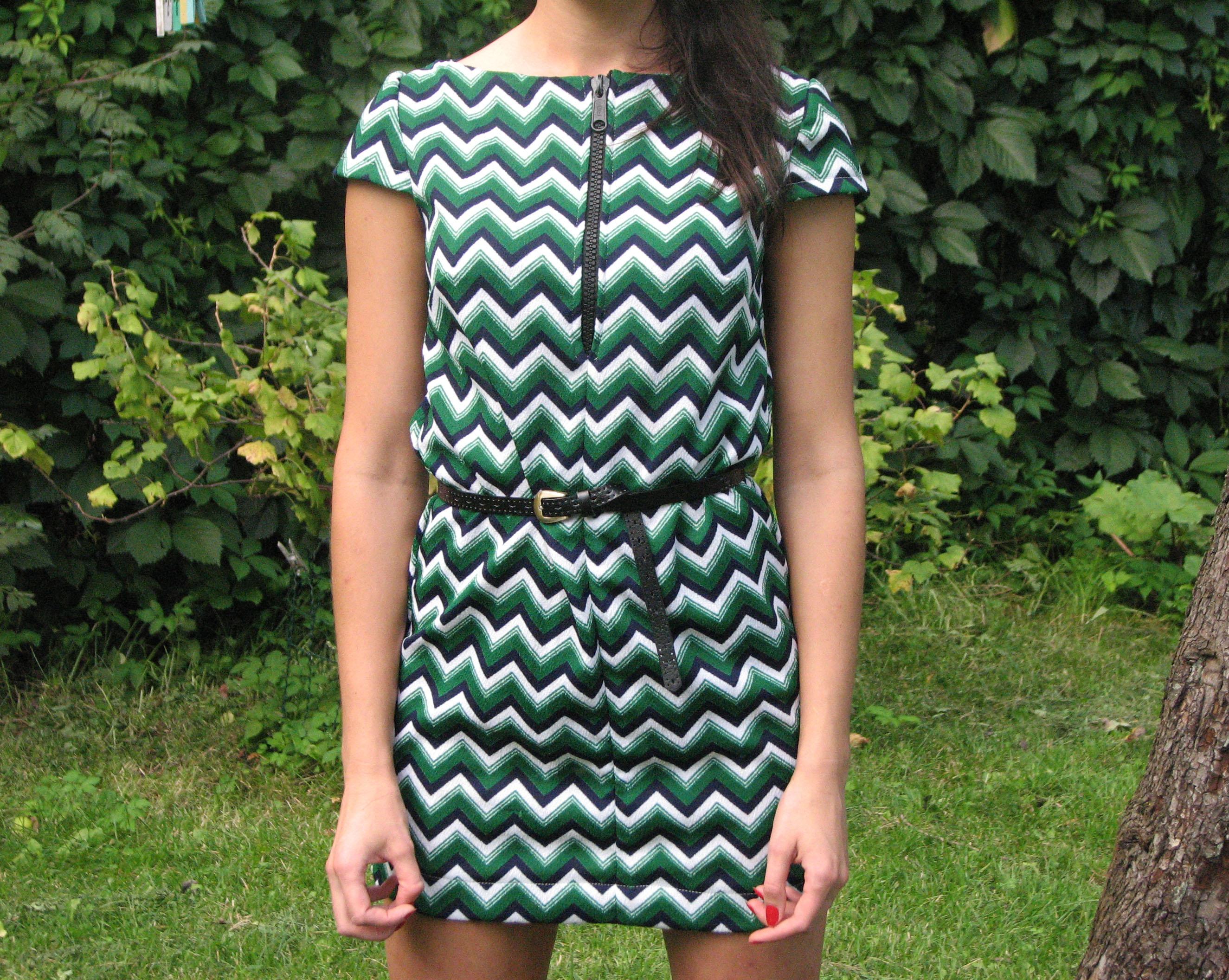 zaļa vintage kleita